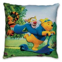Disney díszpárna 36x36 cm Micimackó és Tigris