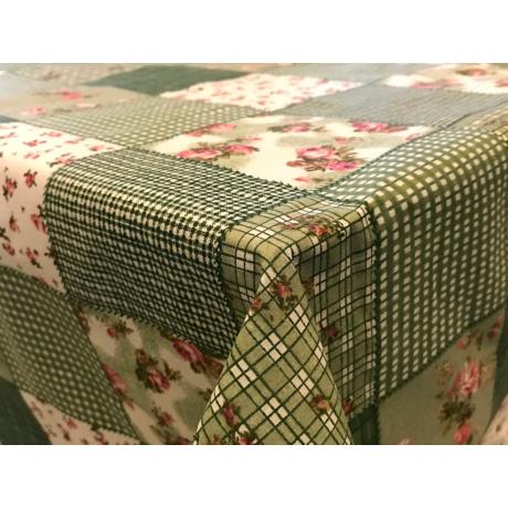 Asztalterítő sörpadra nyomott mintával 90x240 cm zöld virágos patchwork